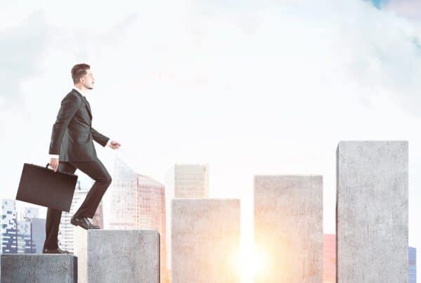 A jornada de sucesso do Corretor de Imóveis